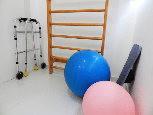 Physical therapy for the elderly is important - especially post-hospitalization